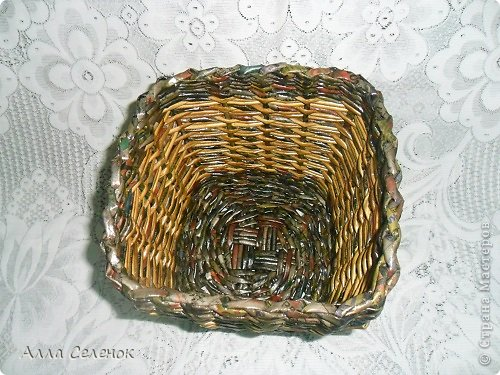Поделка изделие Плетение Плетеночки Трубочки бумажные фото 3