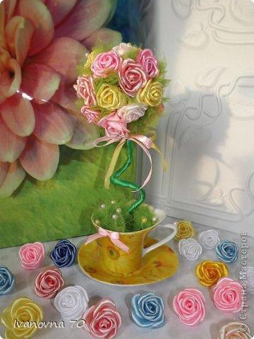 Бонсай топиарий Мастер-класс 8 марта День матери День рождения Цумами Канзаши МК Розовое деревце Клей Ленты Проволока фото 21