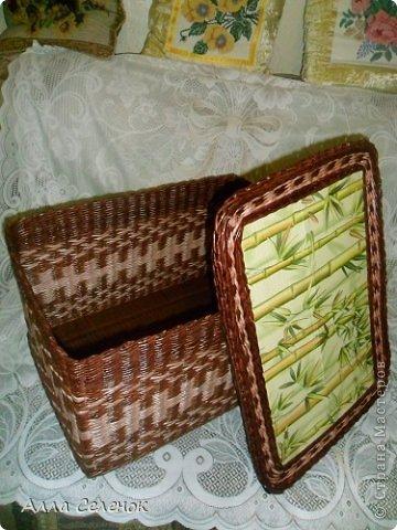 Поделка изделие Плетение Короб для салфеток Бумага газетная Трубочки бумажные фото 7