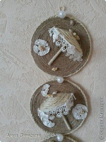 Картина панно рисунок Мастер-класс Моделирование конструирование Мой зонтичный триптих  Бусинки Диски компьютерные Кружево Материал природный Шпагат фото 27