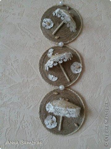 Картина панно рисунок Мастер-класс Моделирование конструирование Мой зонтичный триптих  Бусинки Диски компьютерные Кружево Материал природный Шпагат фото 26