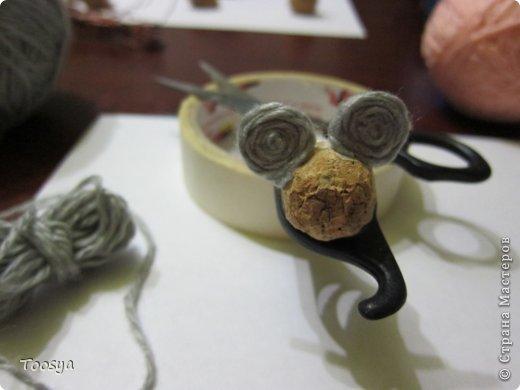 Мастер-класс Поделка изделие Моделирование конструирование Плетение МК Магнит Мышки-воришки  Материал природный Проволока Пряжа фото 15