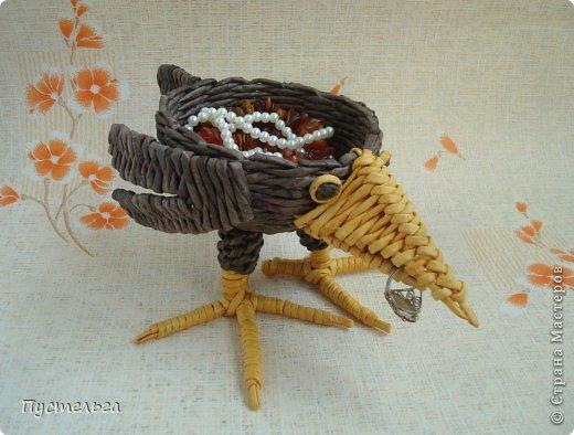 Мастер-класс Поделка изделие Плетение Сорока ворона Бумага Трубочки бумажные фото 20
