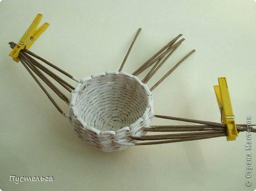 Мастер-класс Поделка изделие Плетение Сорока ворона Бумага Трубочки бумажные фото 6