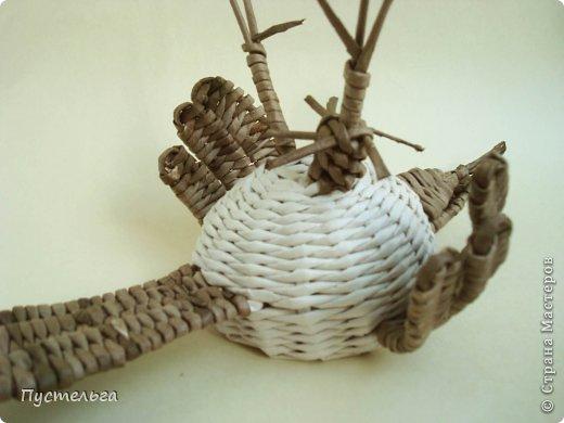 Мастер-класс Поделка изделие Плетение Сорока ворона Бумага Трубочки бумажные фото 14