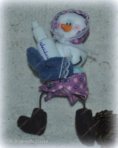 Игрушка Мастер-класс Новый год Шитьё Снеговик-малыш Бусины Клей Кружево Проволока Ткань Фетр фото 4