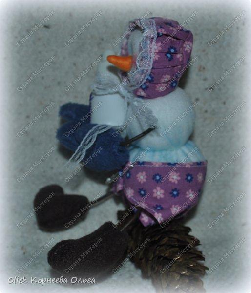 Игрушка Мастер-класс Новый год Шитьё Снеговик-малыш Бусины Клей Кружево Проволока Ткань Фетр фото 6
