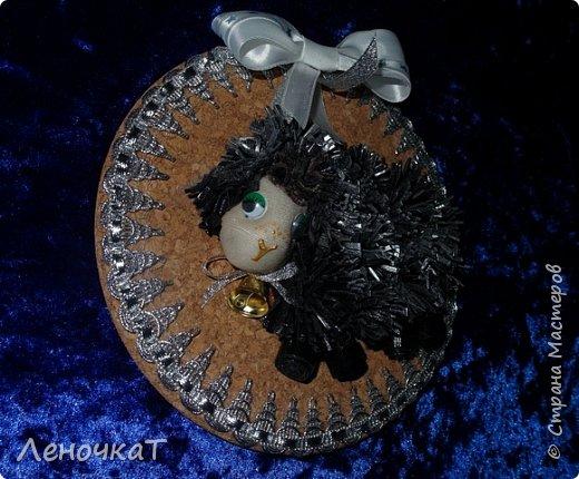 Картина панно рисунок Мастер-класс Новый год Ассамбляж Новогоднее панно Овечка Кожа фото 18