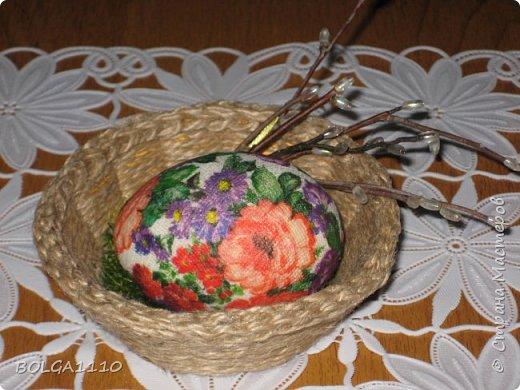 Мастер-класс Поделка изделие Пасха Как сделать заготовку для яиц быстро и недорого Клей Салфетки Скорлупа яичная фото 12