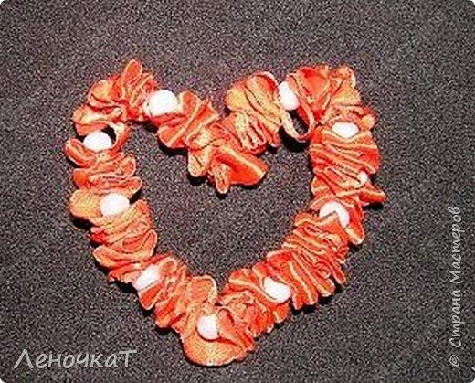 Мастер-класс Поделка изделие Валентинов день Моделирование конструирование МК сердца из атласной ленты Ленты фото 1
