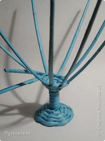 Поделка изделие Пасха Плетение Яичко Бумага газетная Трубочки бумажные фото 15