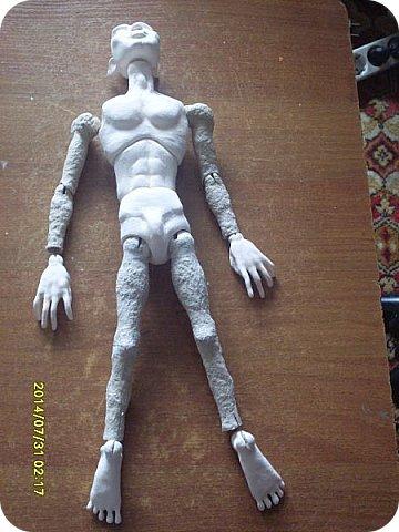 Куклы Мастер-класс Лепка Шарнирная кукла Завершение Краска Ленты Пластика фото 2