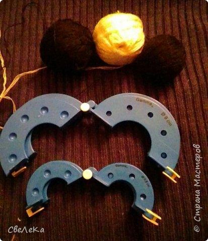 Здравствуйте жители Страны Мастеров! Хочу рассказать, как я делаю своих ёжиков из помпонов на примере Малыша, который отправится завтра в качестве подарка в хорошие руки:-) фото 2